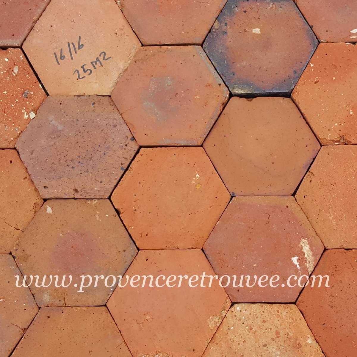 Tomettes Anciennes En Terre Cuite Hexagonales Et Carrees Xixe Siecle