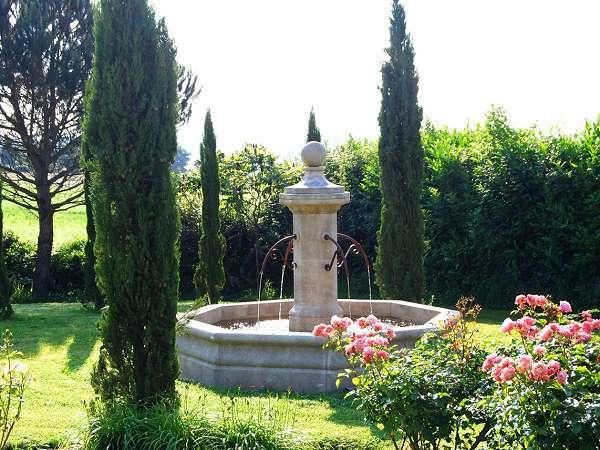 Notice d 39 installation pour fontaine de jardin en pierre - Installation fontaine de jardin ...