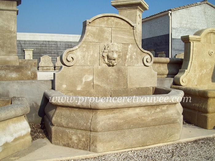 fontaine en pierre de taille avec lion sculpt e fon11 170 li. Black Bedroom Furniture Sets. Home Design Ideas