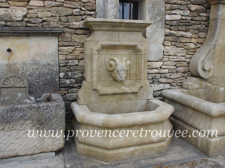 Fontaine d 39 ext rieur avec t te sculpt e lion b lier ou - Fontaine d exterieur en pierre ...